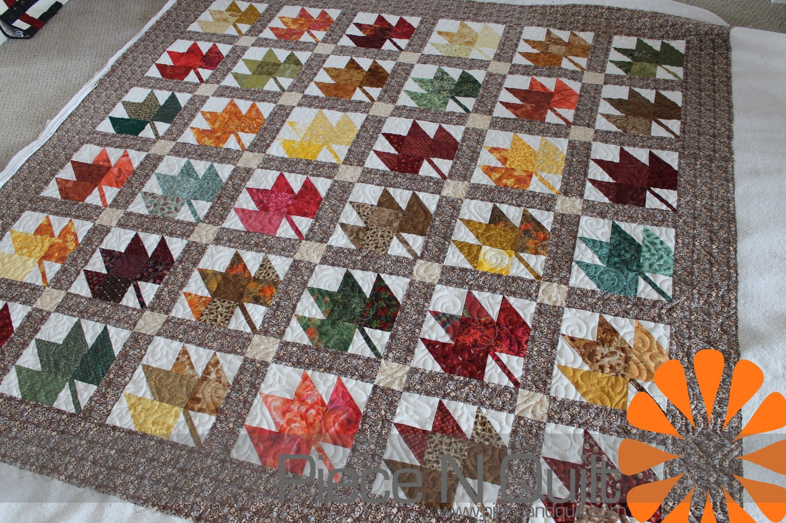 Quilt Template Leaves : Quilting in Autumn on Pinterest Maple Leaves, Autumn Leaves and Autumn