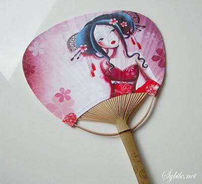 Eventail japonais décoré