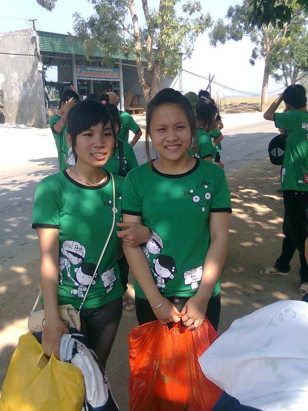 Loi bai hat Em La Cua Anh (Ho Viet Trung) [co nhac nghe]