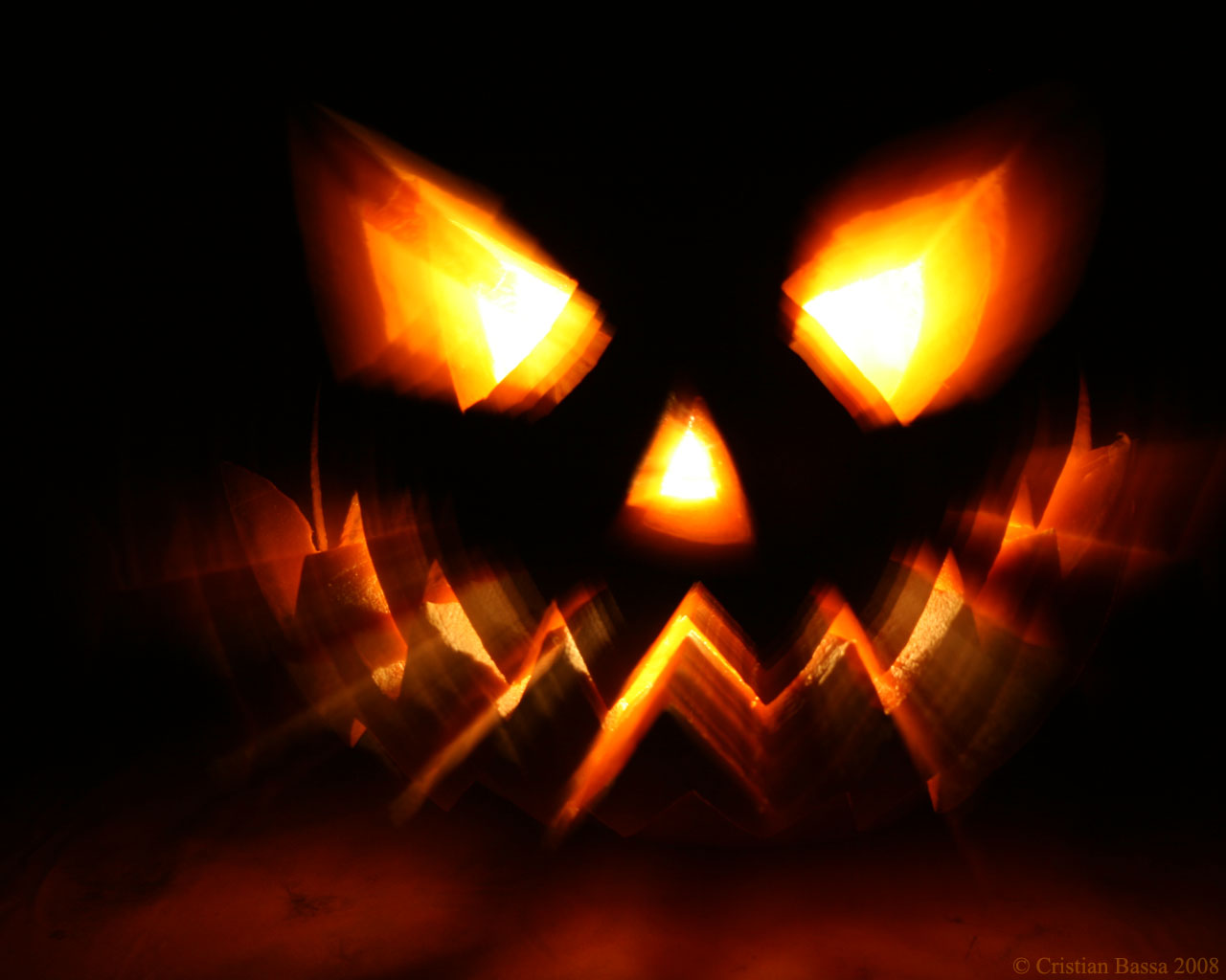 Scary Halloween Pictures, Images & Wallpaper