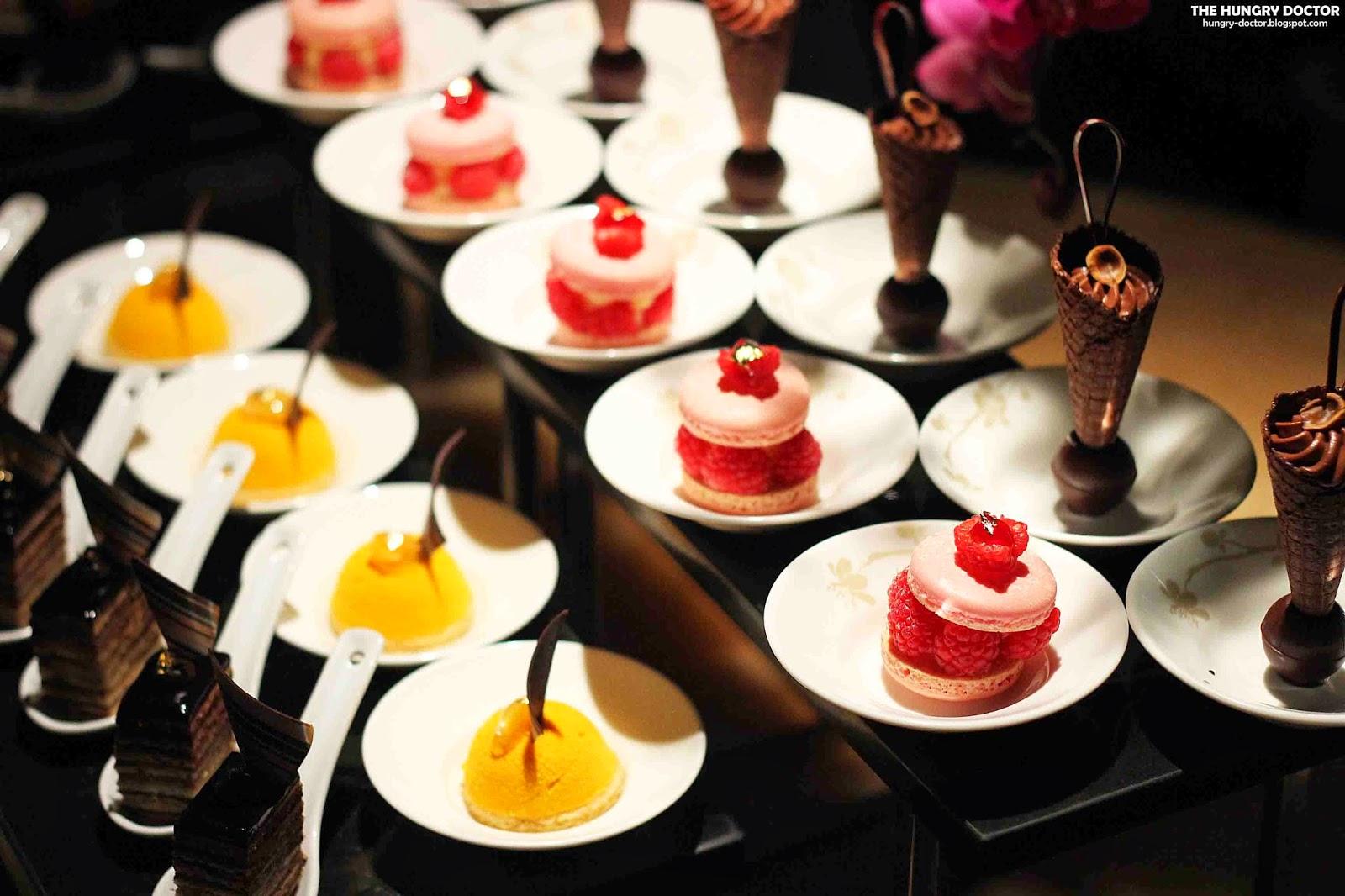 Mandarin Oriental Cake Shop Indonesia