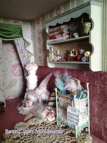 Bearcabinminiatures tales from florence part 4 for 1 furniture way swansea