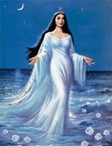 sou a estrela que surge do mar o mar do crepusculo