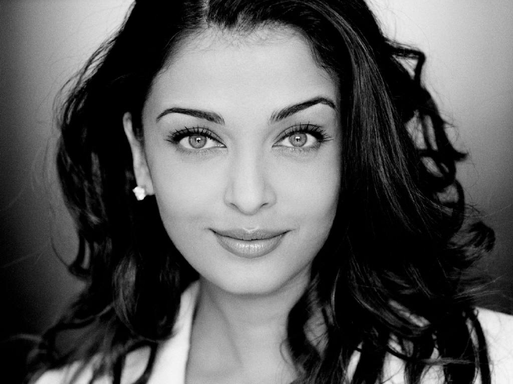 Aishwarya Rai Latest Romance Hairstyles, Long Hairstyle 2013, Hairstyle 2013, New Long Hairstyle 2013, Celebrity Long Romance Hairstyles 2127