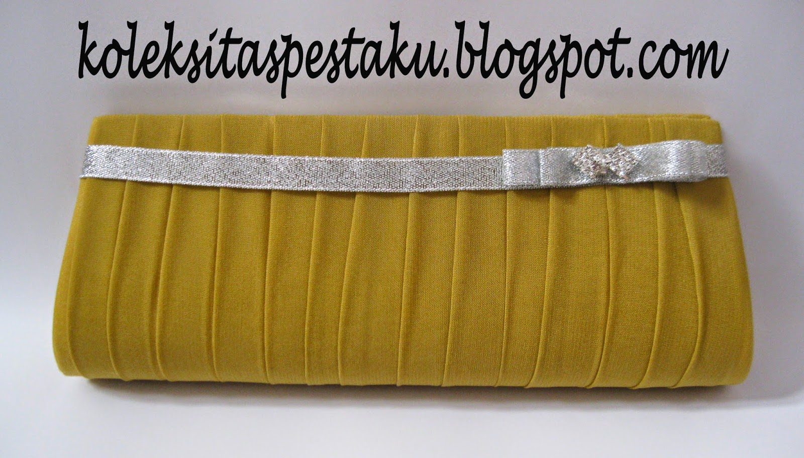 Clutch Bag Sifon Plisket Gold Unik