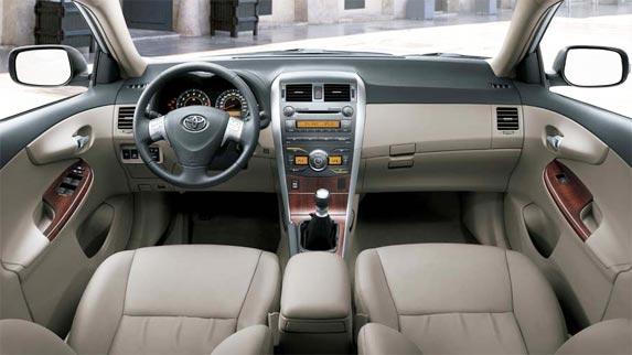 Interior de Toyota Corolla 2012