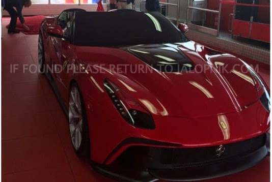 F12 TRS is one of the latest Ferrari special order models. (Picture -2.bp.blogspot.com