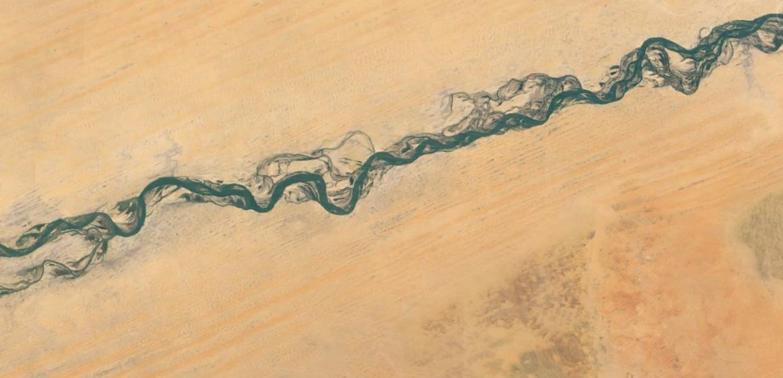 رودخانه ای در صحرا