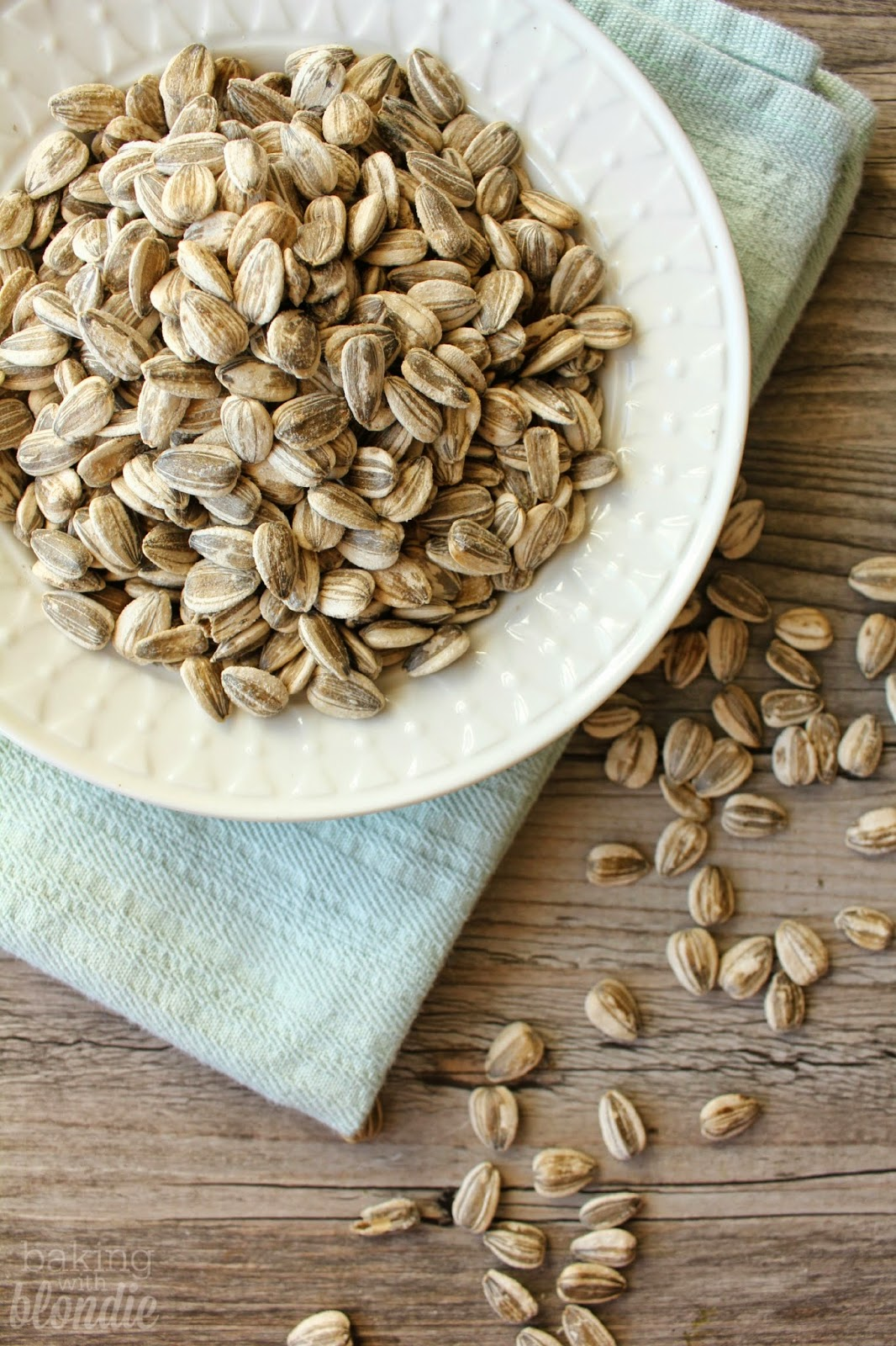 Homemade Roasted Sunflower Seeds