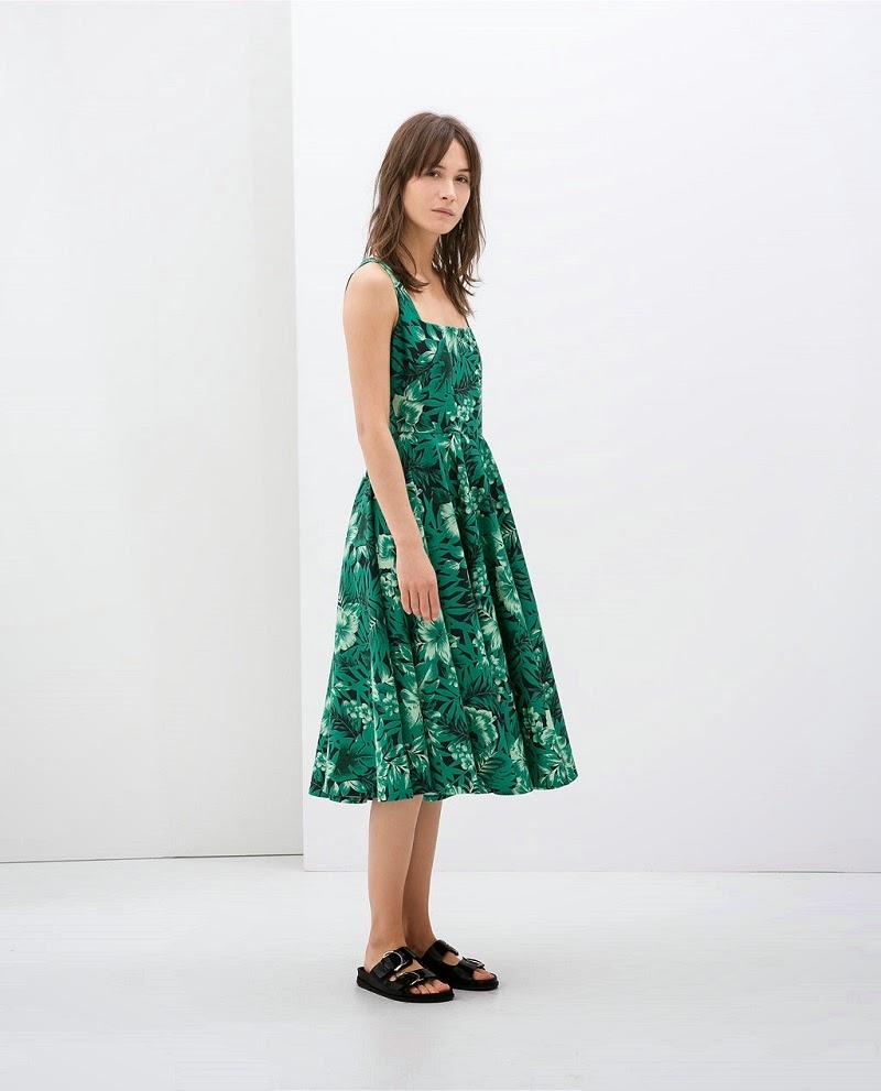 http://www.zara.com/es/es/mujer/vestidos/vestido-estampado-tirante-ancho-vuelo-c358003p1929029.html