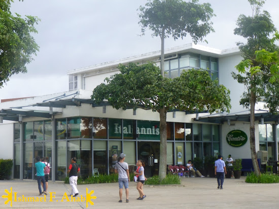 Restaurants in Nuvali Park