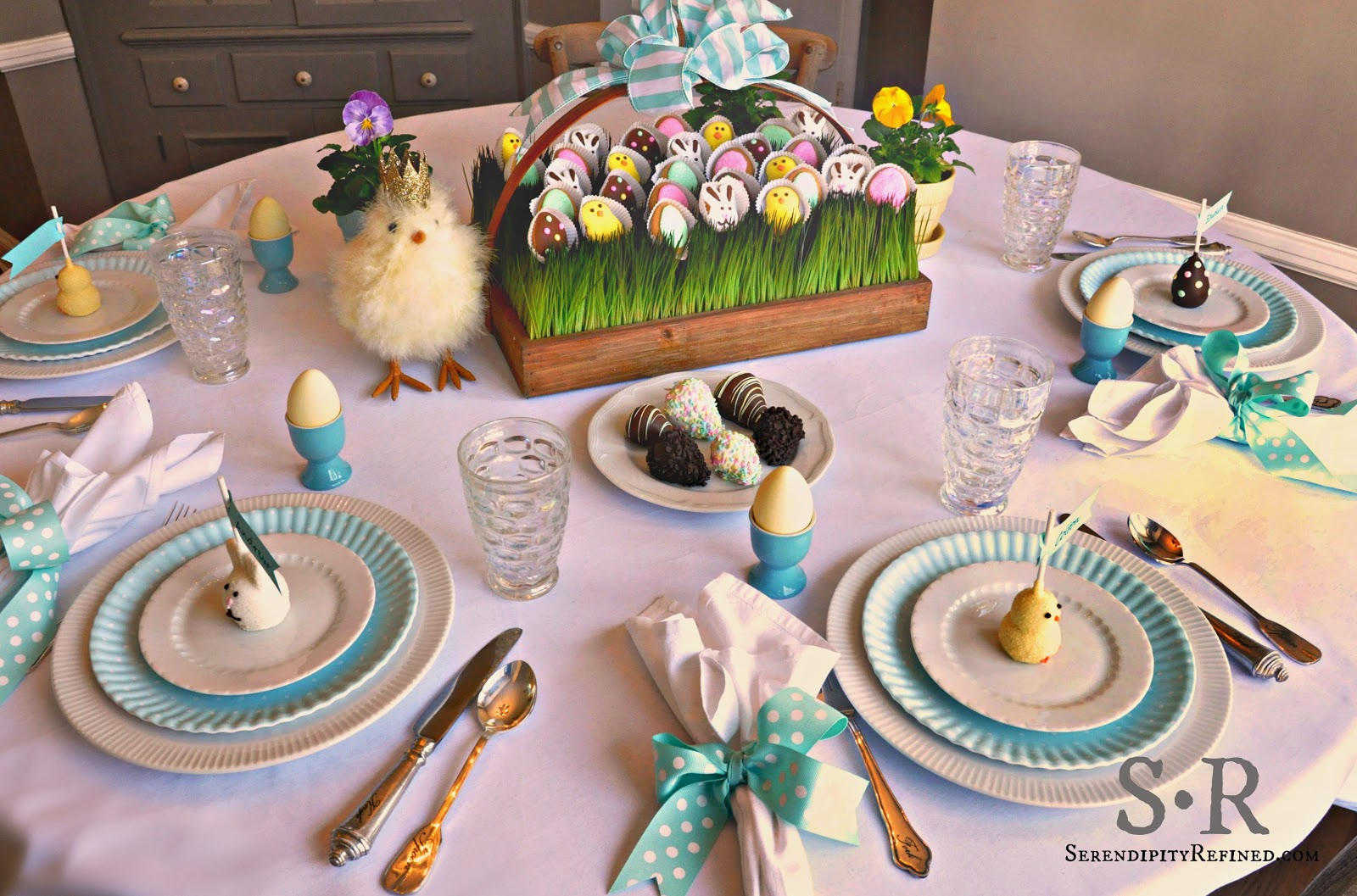 33 DIY Easter Table Settings To Try At Home Table Decorating Ideas
