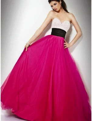 http://www.1dress.co.uk/2013-style-sweetheart-ball-gown-sleeveless-floor-length-tulle-prom-dress-fc241.html