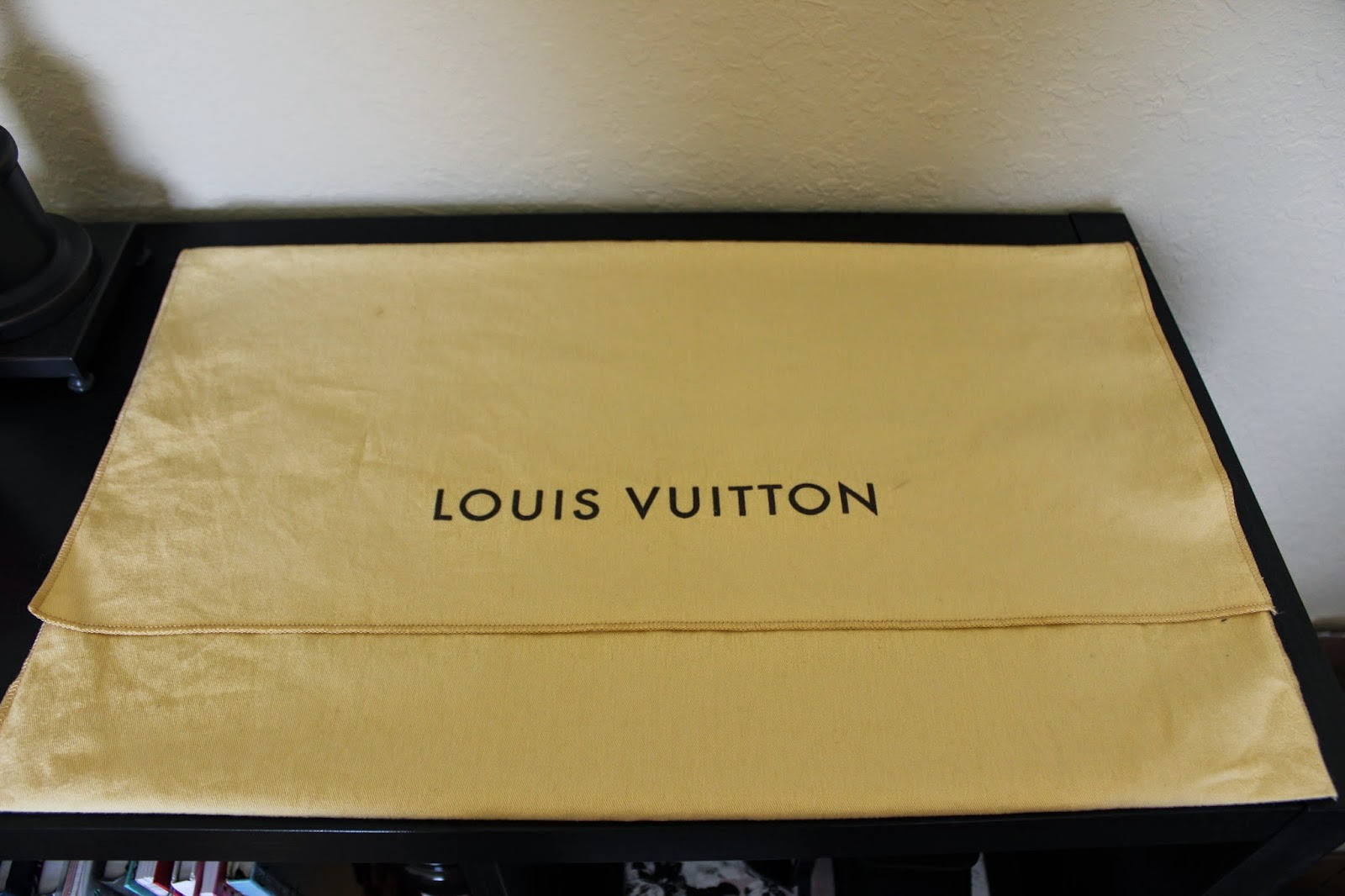 Louis Vuitton Speedy Bandoulière 30 dust bag