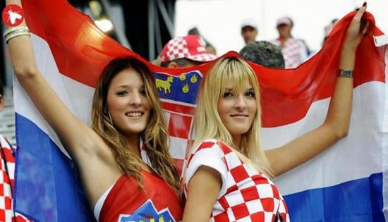 World Cup Brazil 2014: sexy hot girls football fan, beautiful woman supporter of the world. Pretty amateur girls, pics and photos   Croacia hrvatska croatia