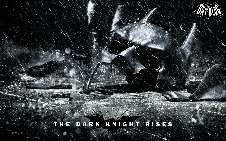http://2.bp.blogspot.com/-Ckpb9DfTJ3c/TuZBri9_jxI/AAAAAAAARm8/yUKuhxapH4M/s1600/Wallpaper_The_Dark_Knight_Rises_Bane_Batman_Movie_Poster-1.jpg