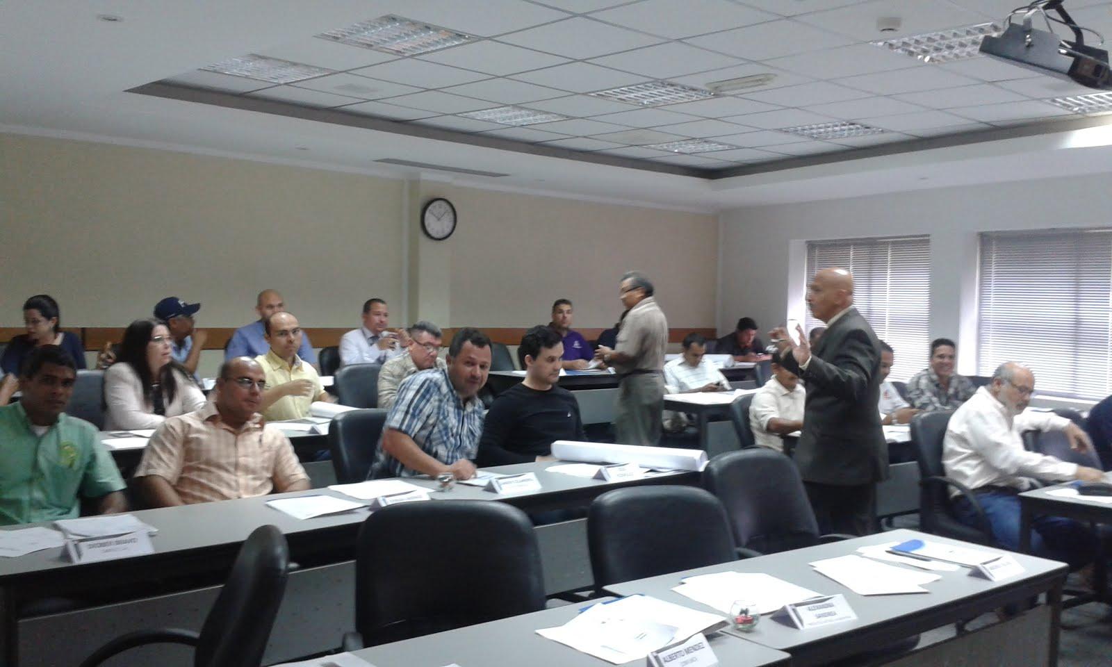 Grupo de Profesionales del Curso Como Construir una Gerencia de Mantenimiento Exitosa