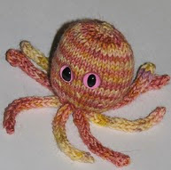 http://www.ravelry.com/patterns/library/octopussy-2
