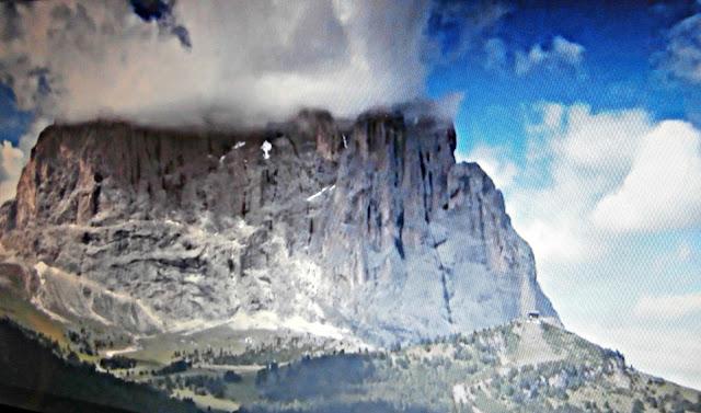 File:Dolomiti.jpg