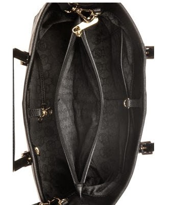 El bolso de Michael Kors por dentro