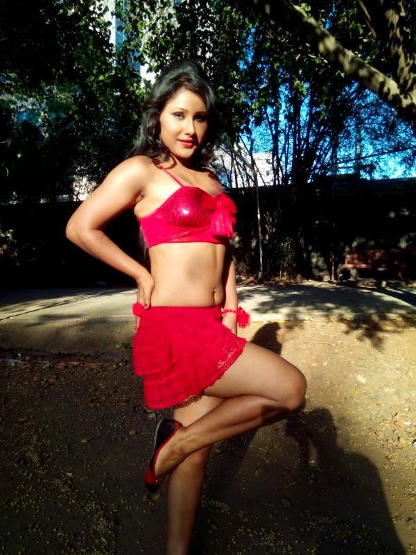 Bhojpuri fake naked, sexy chicks bum holes