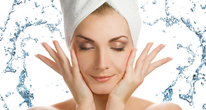 tips atau cara sederhana membersihkan wajah