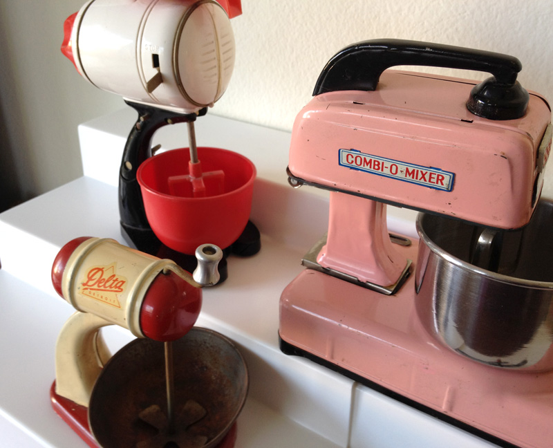 Toy Hand Mixer ~ The copycat collector collection old toy mixers