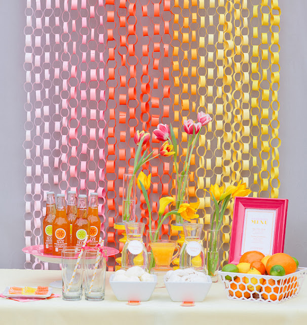 elements of design repetition paper chain backdrop