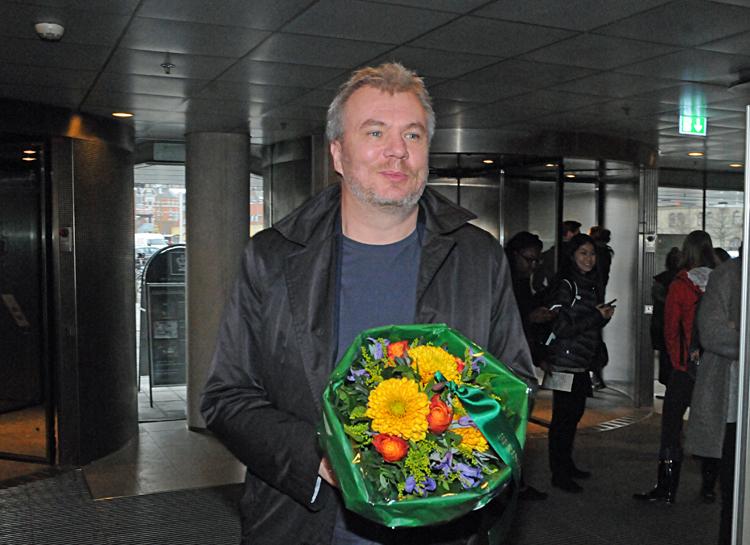 bad03a6b226 VIDEO HASSE FERROLD: DE GYLDNE LAURBÆR 2015 GIK TIL : Jesper Stein  -Udgivelse