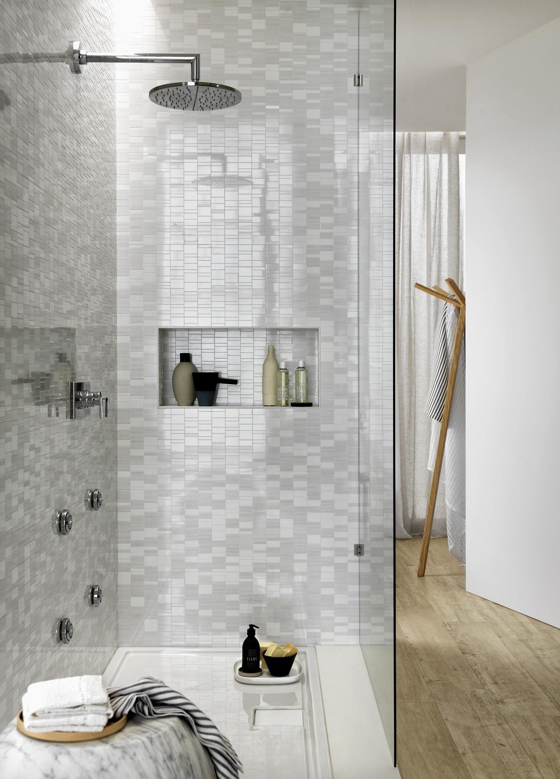 4bildcasa scegliere le piastrelle del bagno il colore parte prima - Piastrelle bagno mosaico doccia ...