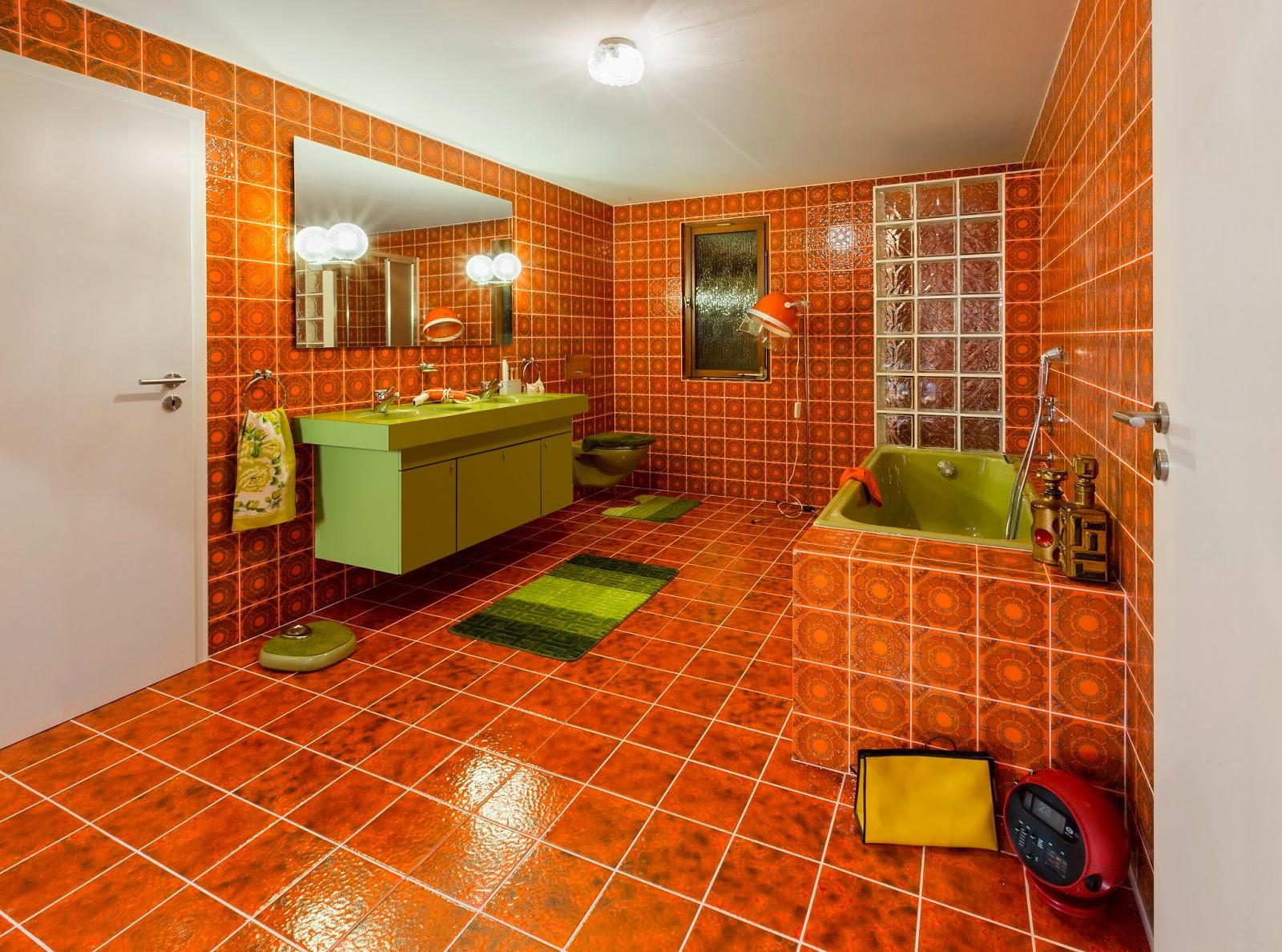 ausstellungstipp das bad der 70er jahre. Black Bedroom Furniture Sets. Home Design Ideas