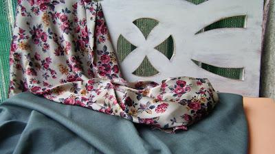 Tecido para as almofadas do arquibanco