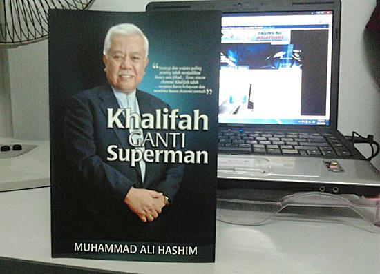 Buku Khalifah Ganti Superman