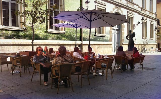 Detrás del Ayuntamiento, 2012 (cc) Abbé Nozal