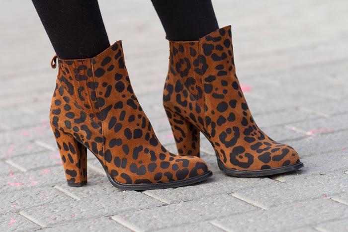 Botines de Estampado Leopardo de Zara