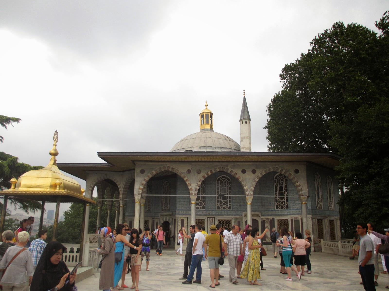 Travel Umroh Plus Dubai dan Turki Terbaik Bagus dan Terpercaya