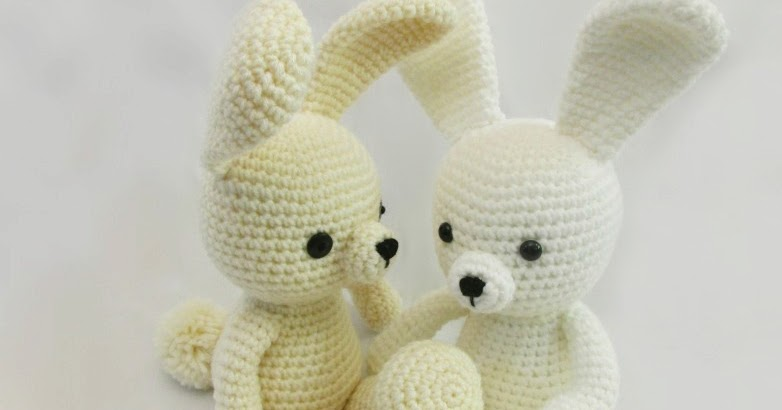 Amigurumi I To Go : Dress Me Bunny ~ Amigurumi To Go