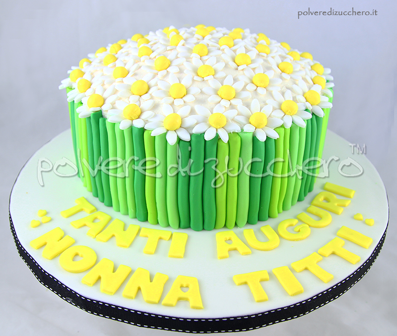 torta fiori in pasta di zucchero: bouquet con margherite