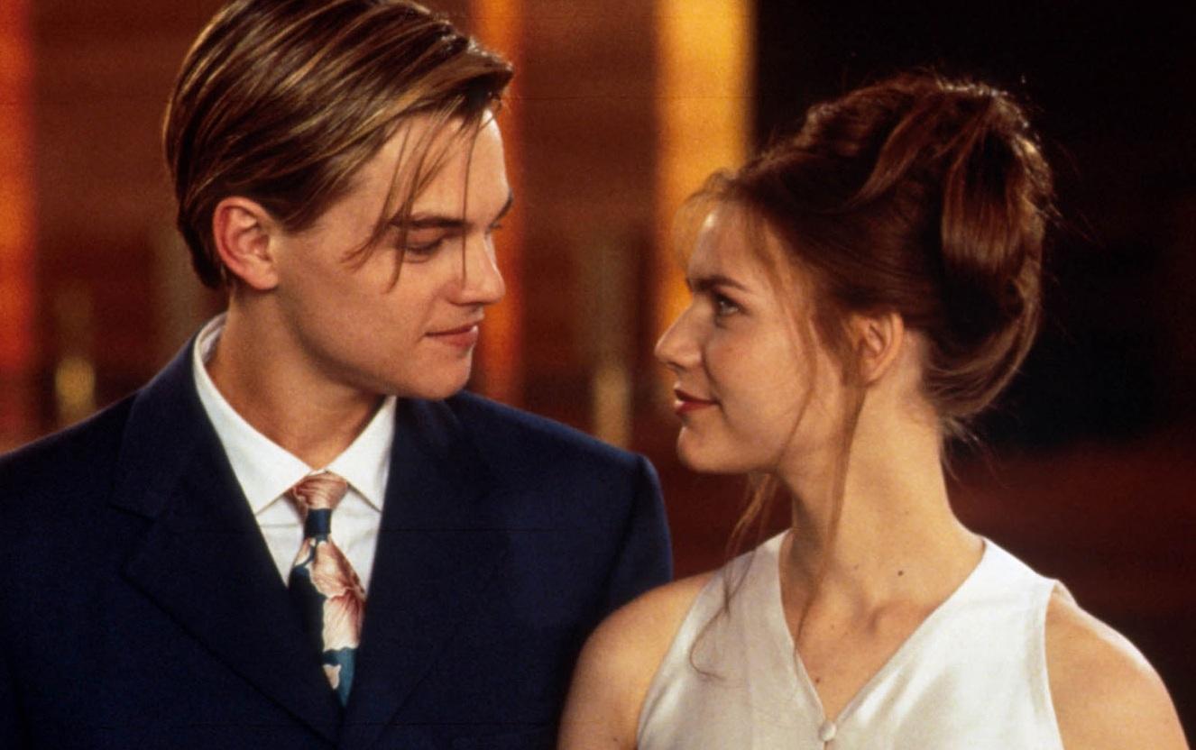 http://2.bp.blogspot.com/-CmrfEx4G-PI/UIr83O72cRI/AAAAAAAABxQ/orFbEMKSY7I/s1600/Claire-Danes-Romeo-Juliet-Leonardo-DiCaprio-1996-Julieta.jpg