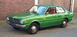 Mobil Sedan Corola Generasi Ketiga (1975-1979)