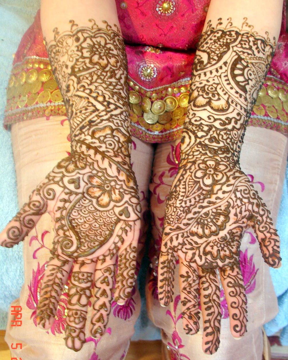 Mehndi Bridal Latest Design : Bridal mehndi desings latest pakistani