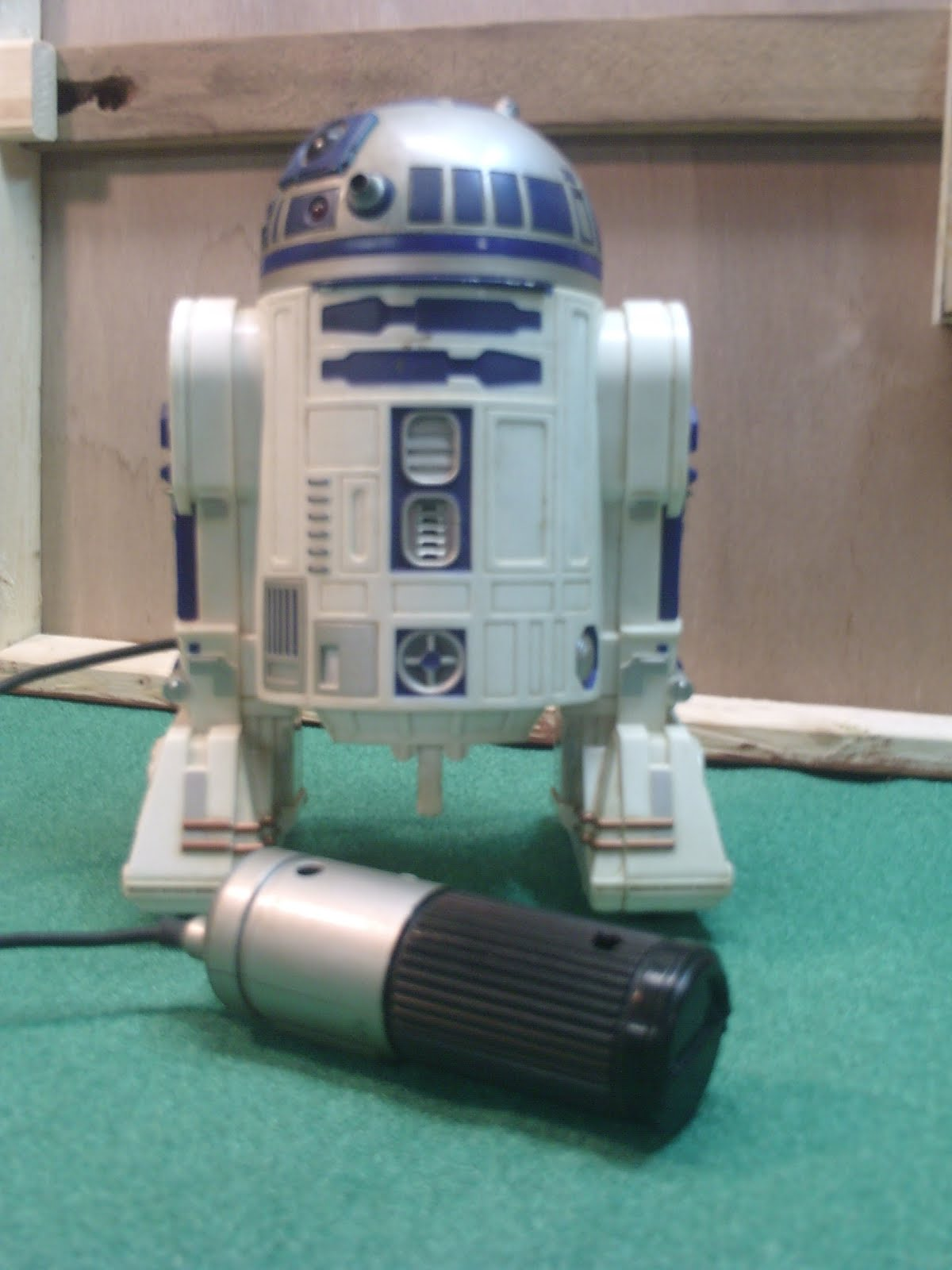 R2D2 Star Wars Robot ~