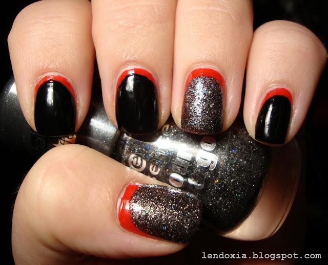 crno crveni ruffian sa glitterom