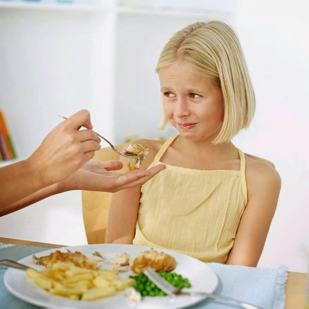Эпидемия привередливых детей - родители не могут понять как накормить ребенка