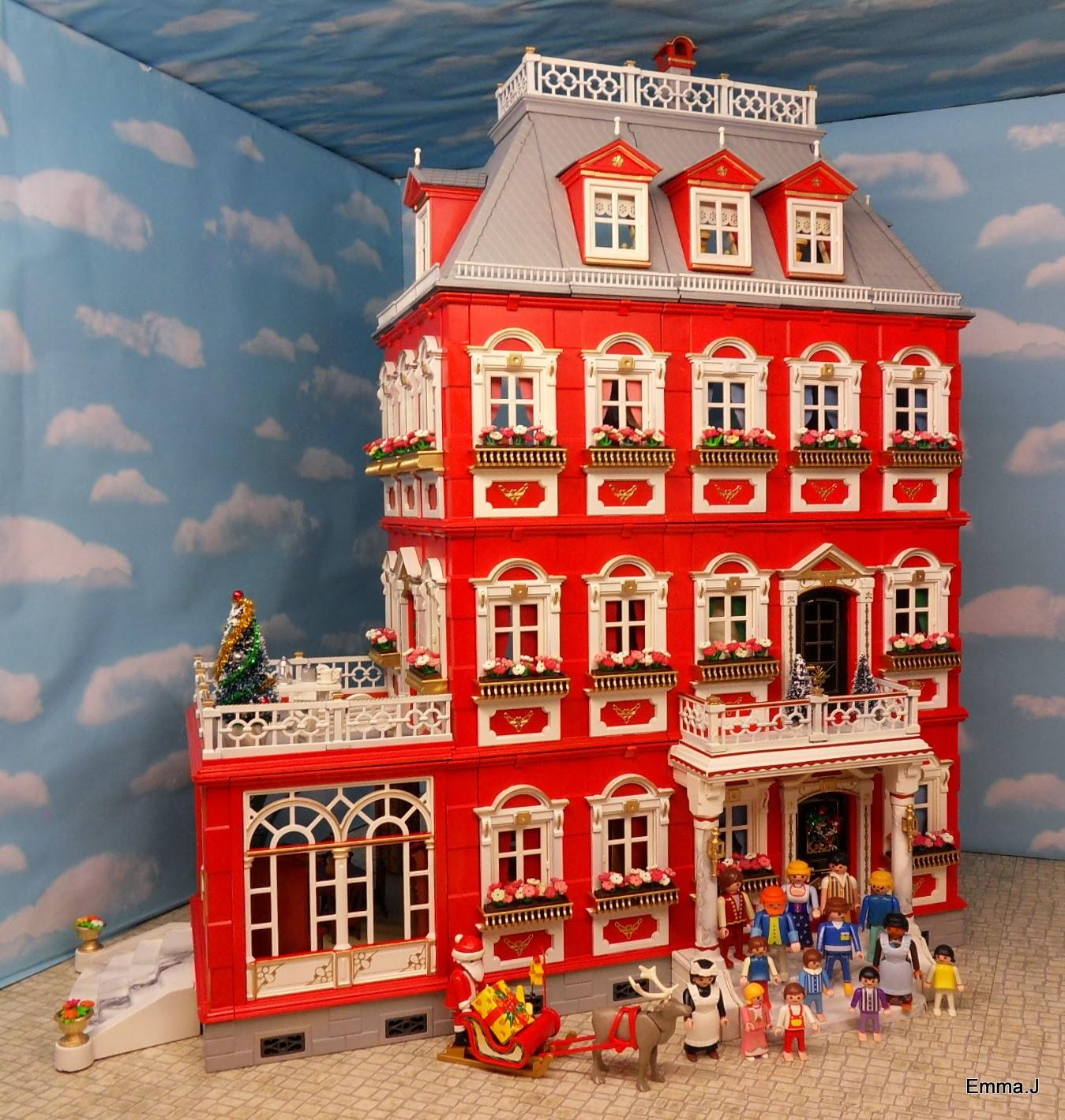 Red mansion finished emma j 39 s playmobil for Mansion de playmobil