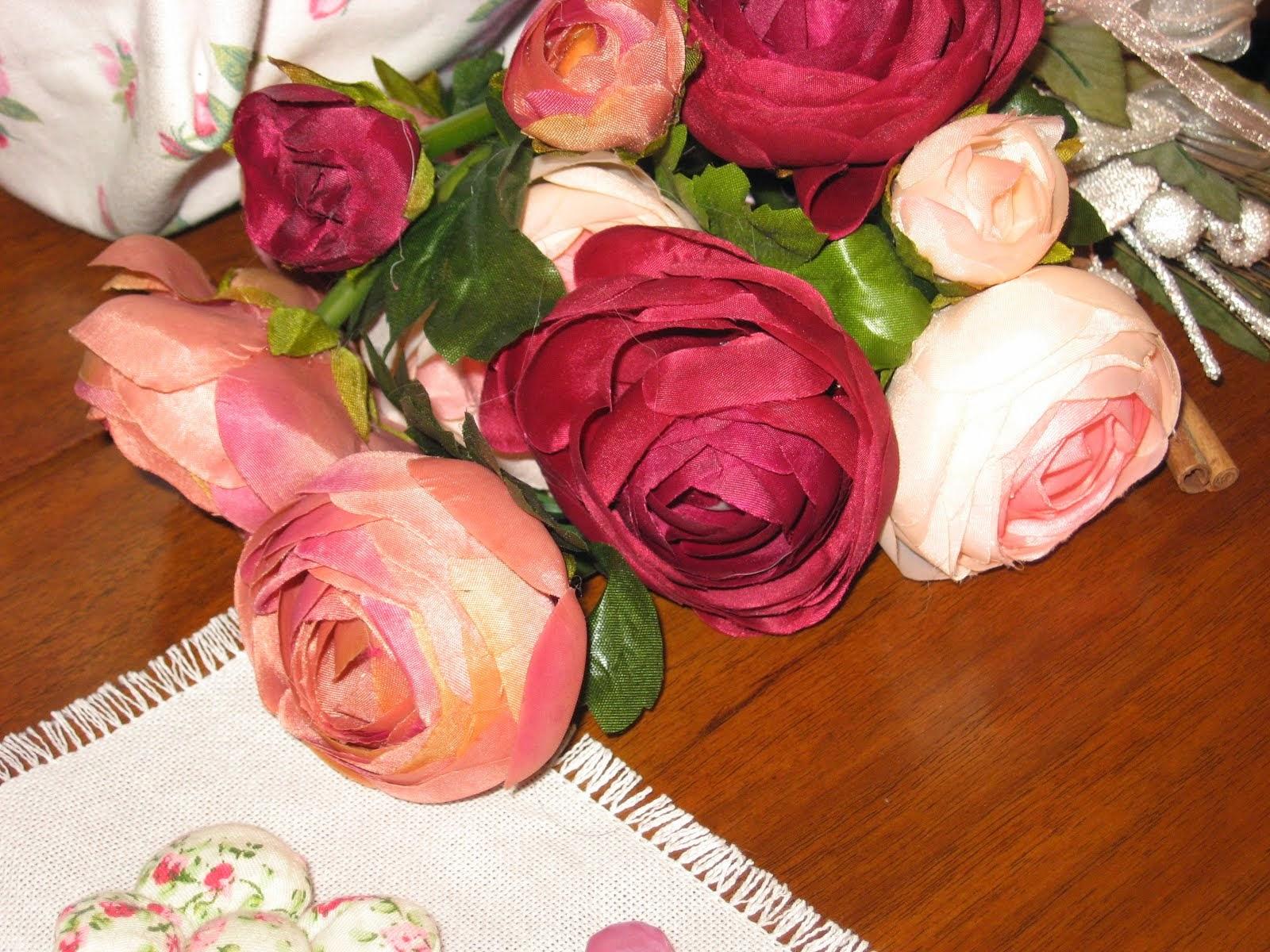 rose rosa rosae di raso