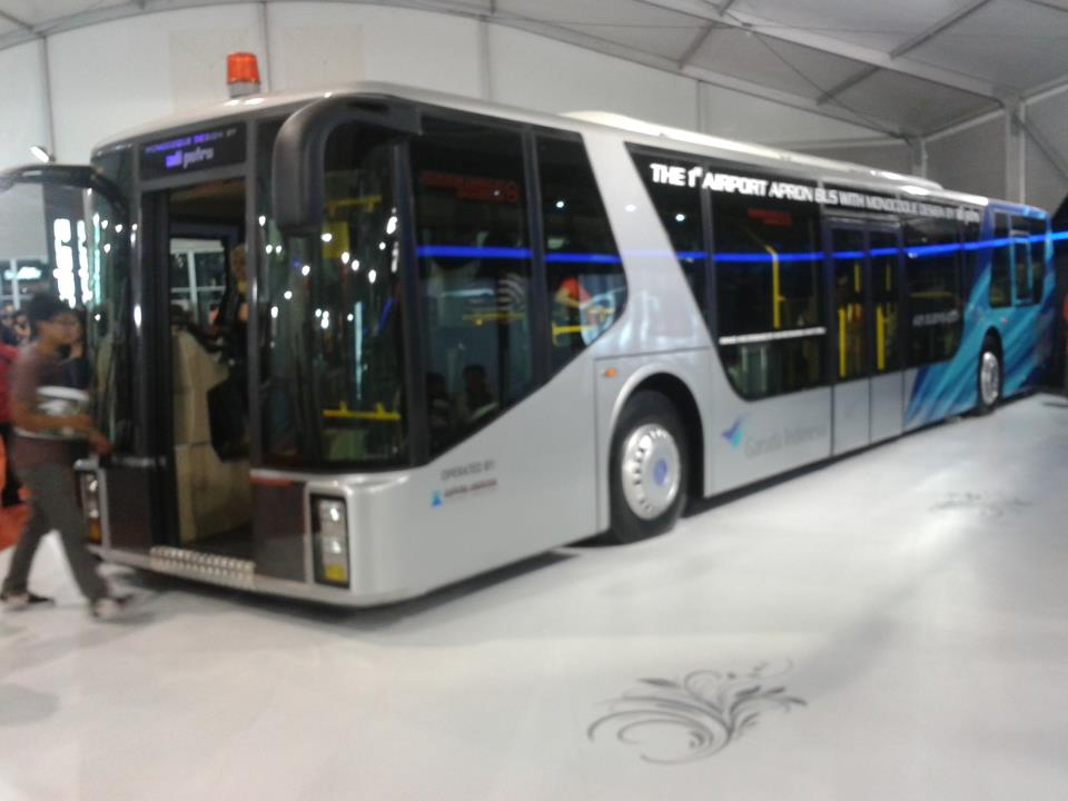 Apron Bus 2011 | Bus Bandara by Adi Putro Monocoque Design