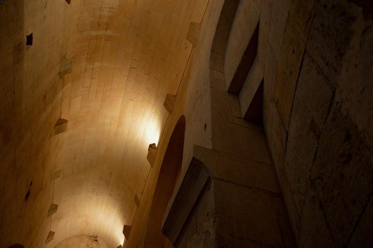 5 La Crypte Montmajour