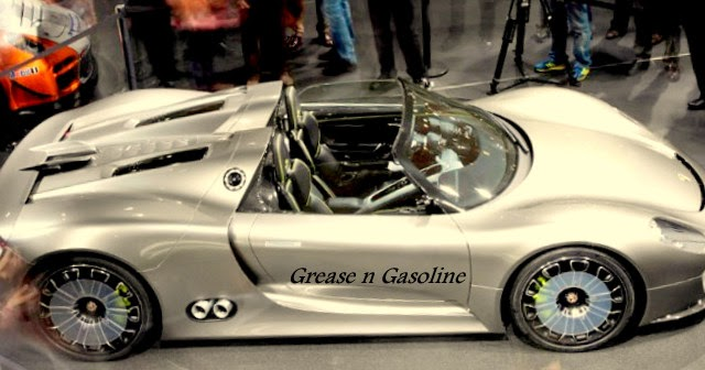 video porsche 918 spyder first ride auto car. Black Bedroom Furniture Sets. Home Design Ideas