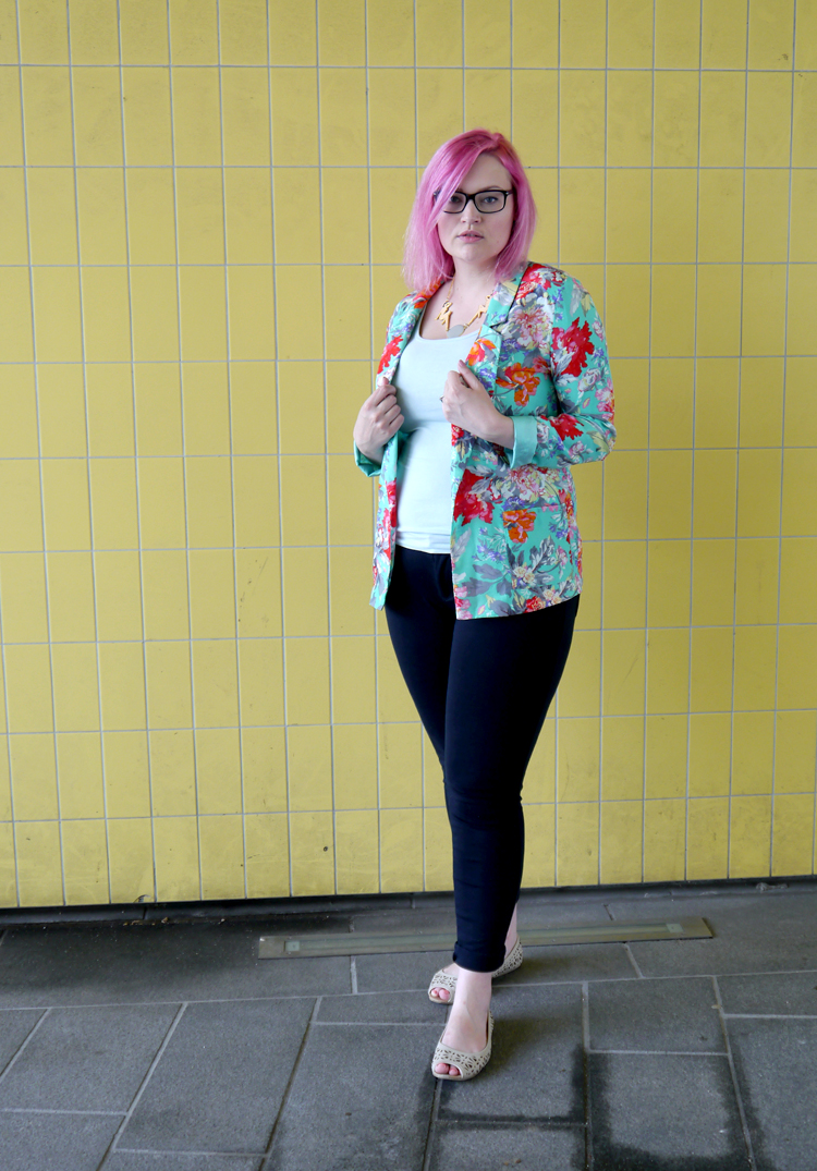scotstreetstyle, Onward, tropical, Scottish bloggers, office wear, pink hair, DIY, Karen Mabon jewellery, Karen Mabon scarf, fruit, Scottish style